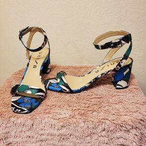 Block heel sandles
